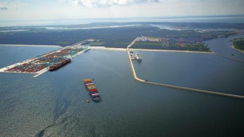 terminal kontenerowy w Świnoujściu